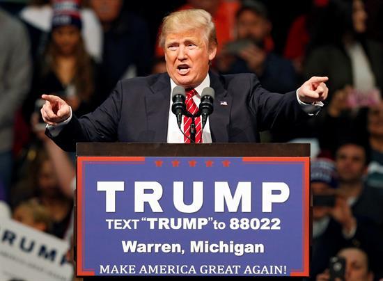 Lo que dice Donald Trump de la violencia en su campaña en EE.UU.