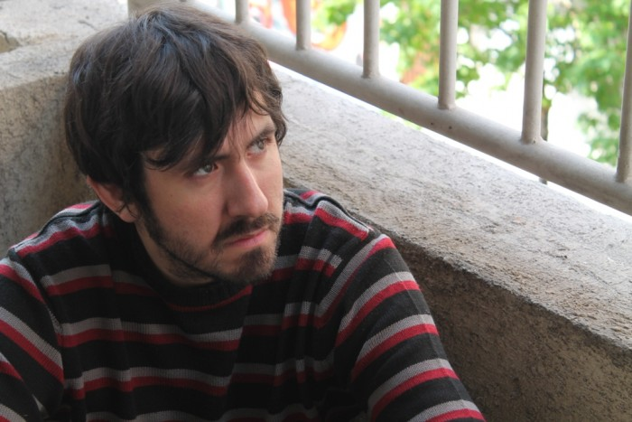 """Ceibo Ediciones lanza la novela """"Desaparecer"""", que explora en el concepto de enajenarse en la ciudad, de Francisco Martín Naritelli"""