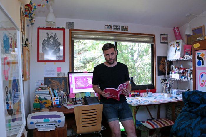 Novela gráfica gay suma elogios y es nominada a premio de cómics
