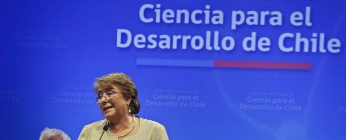 Vaivenes políticos y Fondecyt: la derechización de las ciencias en Chile