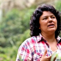 Matan a Berta Cáceres, la hondureña que le torció la mano al Banco Mundial y a China