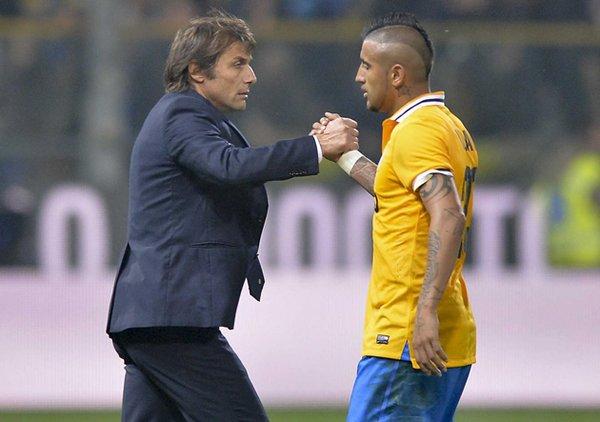 Ex DT de Arturo Vidal quiere reunirse nuevamente con él en el Chelsea