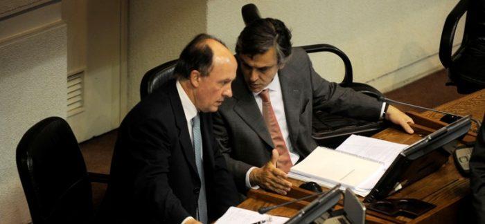 Artículo Contesse en royalty minero complica más a la administración Piñera: también pasó por las manos del ex ministro Larroulet