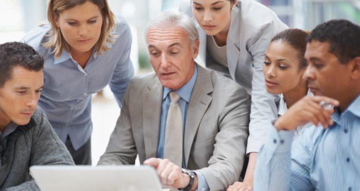 48 años: la edad promedio de los gerentes desvinculados de las grandes empresas