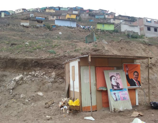 Los principales candidatos presidenciales en Perú no han presentado propuestas para mejorar el modelo económico.