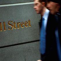 Firmas de capital privado compiten en reclutamiento de analistas con ofertas gigantescas