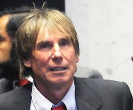 Hernán Büchi niega estar incluido en las sociedades mencionadas en los Papeles de Panamá
