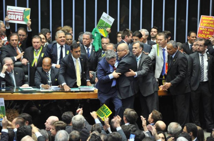 Petrobras, Ambev y tasas de interés:  7 recomendaciones  para inversionistas acerca de como
