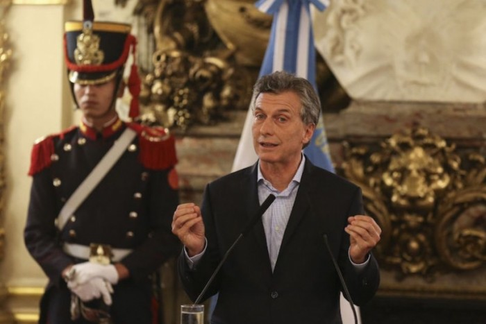 Desempleo argentino es señal que las reformas de Macri corren contra el tiempo