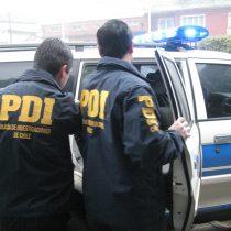 Formalizan a dos funcionarios de la PDI acusados de torturar a mujer peruana embarazada