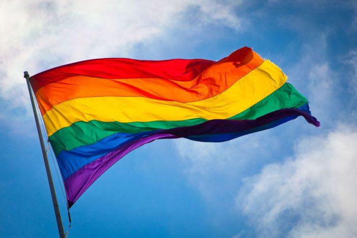 Nueva York da su bienvenida a decisión del Supremo a favor de derechos LGTBI