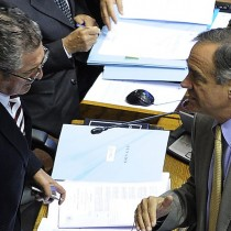 Pizarro y Walker impulsan proyecto de acuerdo que emplaza a Venezuela respetar amnistía a presos políticos