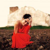 Silvia Pérez Cruz: versatilidad y emoción en una voz excepcional que visita por primera vez Chile