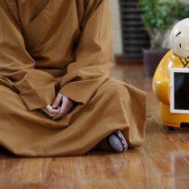 [VIDEO] Xian'er, el primer monje budista robot ya imparte sus enseñanzas en un templo chino