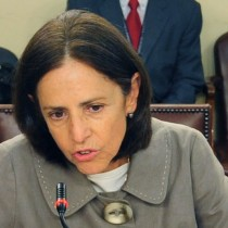 Pilar Armanet se adelanta a la Suprema y renuncia al PPD