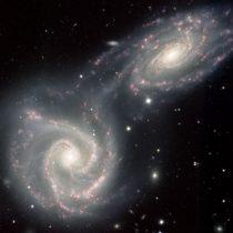 """Charla """"La astrofísica en la ciencia ficción"""" en Biblioteca Nicanor Parra UDP, 12 de abril. Entrada liberada."""