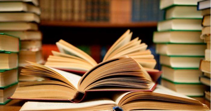 Estudiante de 17 años moviliza a 20 mil personas para reducir IVA de los libros