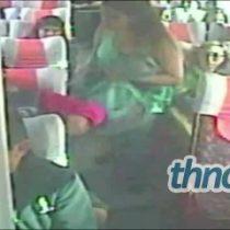 [Video] Pasajero acosando a mujeres en una micro en Talcahuano impacta en redes sociales
