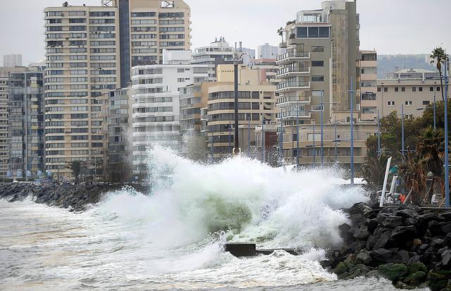 Armada pronostica fuertes marejadas y más de 40 milímetros de lluvias para el litoral central