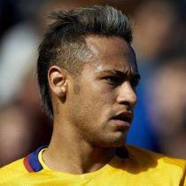 A Neymar le sale el tiro por la culata y la policía lo investigará por divulgar fotos de la mujer que le acusó