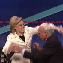 [VIDEO] SNL parodia el debate entre Hillary Clinton y Bernie Sanders