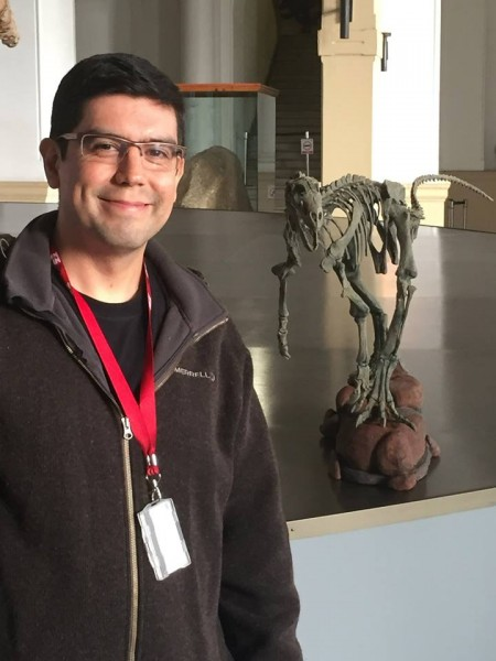 El paleontólogo David Rubilar.
