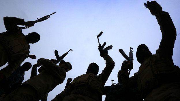 La nueva estrategia de EE.UU. contra Estado Islámico: golpearles en el bolsillo
