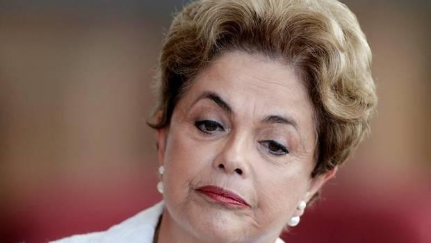 Partido de Rousseff exige destitución de once ministros de Temer