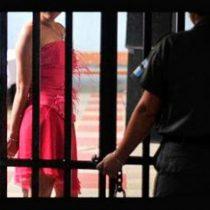 EE.UU. abrirá un centro de detención para inmigrantes transexuales en Texas