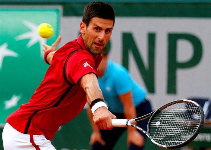 Djokovic manda en París