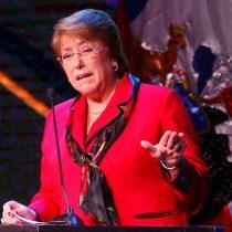 Bachelet interviene en la crisis de Chiloé: pide desbloquear los caminos y retomar el diálogo
