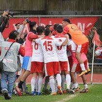Segunda división: Deportes Valdivia golea a La Pintana y asciende tras 26 años