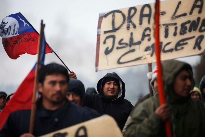 Pescadores rechazan la última oferta del gobierno y aseguran que movilizaciones se radicalizan