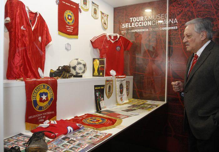 [FOTOS] Con presencia de ex futbolistas, Arturo Salah inaugura el Museo de la Selección Chilena