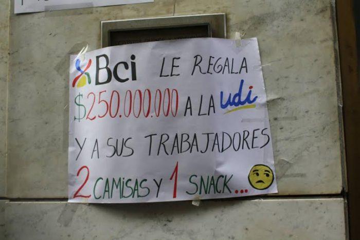 Trabajadores de call center de Bci mantienen huelga indefinida
