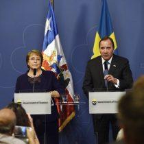 Bachelet sale a defender estabilidad y apertura de economía chilena en Suecia