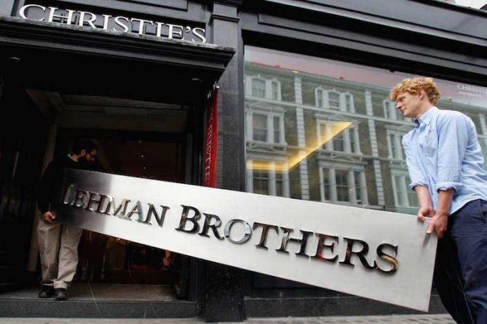 Súper ricos, los primeros en abandonar la bolsa tras el colapso de Lehman