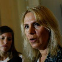 """El dedo en la llaga: Lily Pérez apunta a Isabel Plá y advierte por """"desaguisados"""" de ministros"""