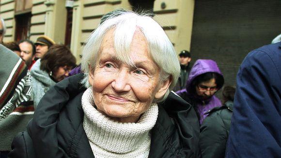 """Diputado Coloma tras muerte de Margot Honecker pide reflexionar """"sobre la forma en que el peso de una ideología puede más que el sentido común"""""""