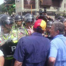 [VIDEO] Capriles y Ramos Allup encabezan protesta anti-Maduro en Venezuela