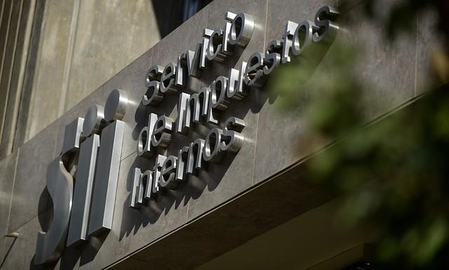 Querella de SII abre la puerta a Fiscalía para investigar a empresas de grandes grupos económicos