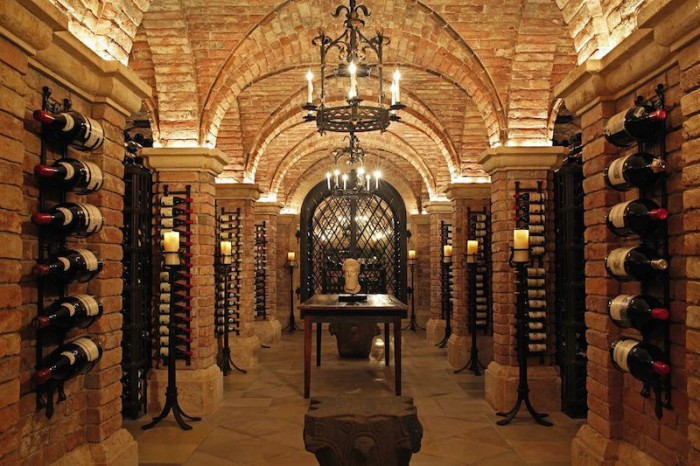 Dinero de Wall Street en acción: un Mouton Rotschild de 1945 lideró subasta de vinos de Sotheby's que recaudó US$21,9 millones en Nueva York
