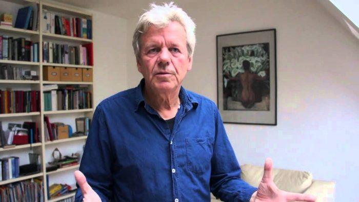 """Habla Wilfried Huismann, director """"Salmonopoly"""", el documental que denunció """"la esquizofrenia"""" de las empresas globales tras el salmón en Chile"""