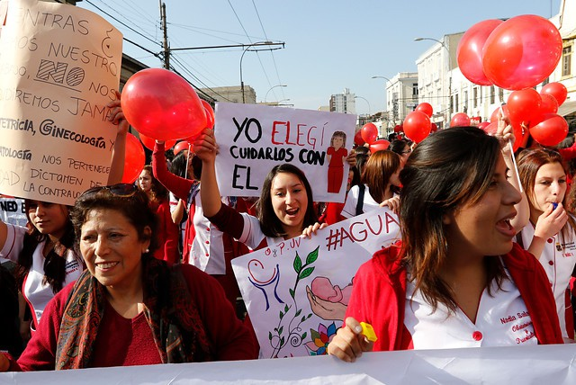 Corte de Apelaciones rechazó más de 4 mil recursos presentados por matronas en contra de dictamen de la Contraloría
