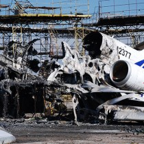 [VIDEO] Devastación total: así luce hoy el aeropuerto de Donetsk a dos años de la guerra en Ucrania
