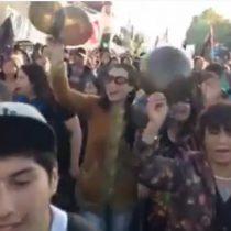 [VIDEO] Masiva marcha en protesta por crisis ambiental en Chiloé