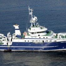 Equipo de expertos navegará para estudiar la marea roja