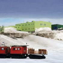 La sustentabilidad de bases antárticas: una necesidad para proteger la vida marina