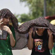 Ciudad india alcanza 51 grados, la temperatura más alta en historia del país