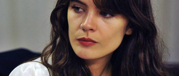 Camila Vallejo toma distancia del Gobierno por gratuidad: